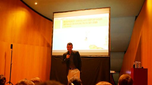 Alex Russo: imprenditore digitale e nomade digitale italiano